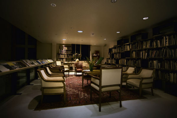 Lloyd Hotel Amsterdam library from Mocha UK blog