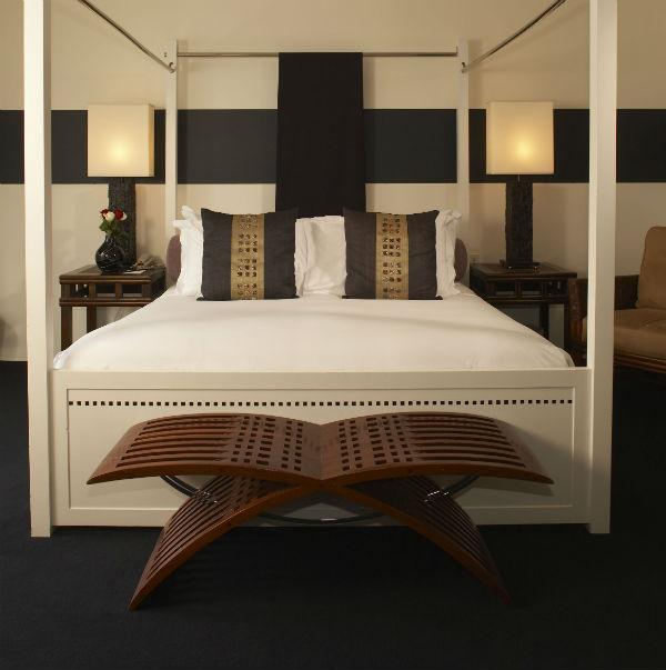 bedroom hempel hotel