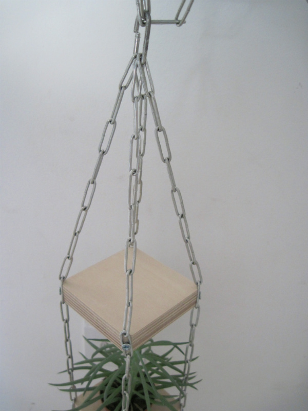 Hanging planter tutorial from Mocha