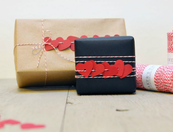 Seven Creative Gift Wrapping Ideas For Valentine S Day Mocha Casa Blog