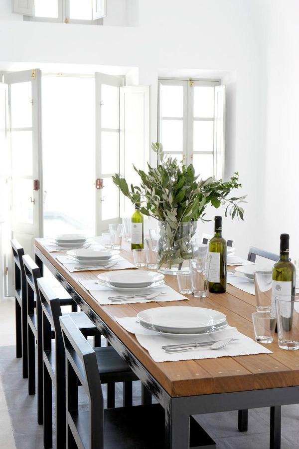 Greek / Mediterranean style dinner party table setting