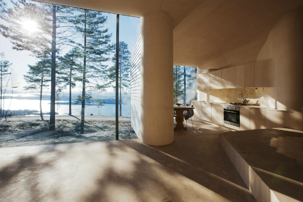 Biophilia and views of nature and the lake from biophilic design Cabin Norderhov