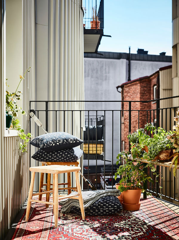 How to maximise small outdoor spaces