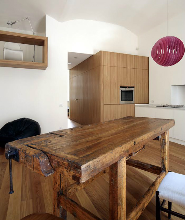 Rustic Meets Minimalism In This Italian Apartment