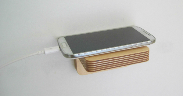 Piccolo Shelf used as a phone shelf from Mocha Casa