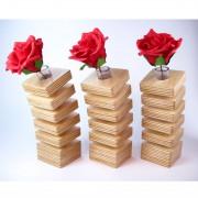 spring-vase-roses