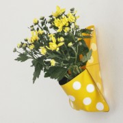 flora-planter-pocket-yellow-mocha