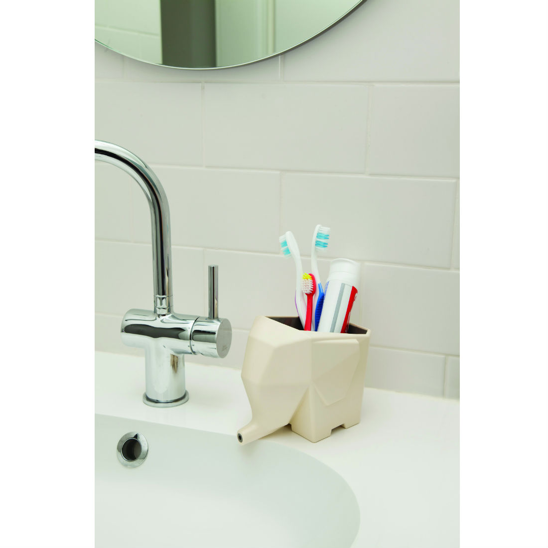 Jumbo cutlery drainer white homeware furniture and for Elephant bathroom accessories