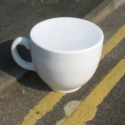 tea-cup-stool-white