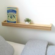 floating-shelf-bedside-table-mochacasa