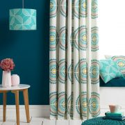 living-room-ideas-teal-accents